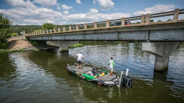 October 18 the bass cast for Lake dardanelle fishing report